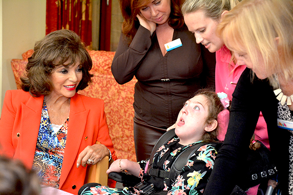 dame-joan-meets-rosie-at-christophers-childrens-hospice