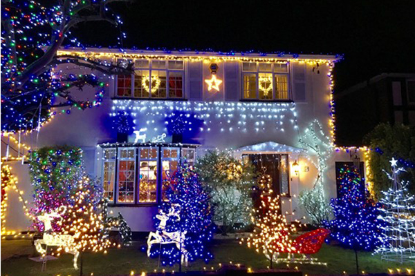 decorating their house in green street every christmas for 16 years this year turned their festive display into a fundraiser for shooting star chase